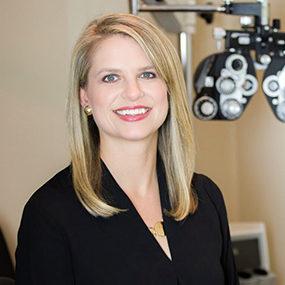 dr-alisha-seger-eye-doctor